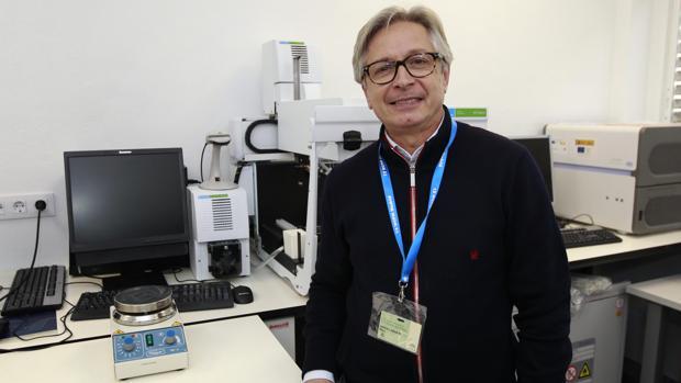 El especialista en genética y reproducción asistida, Guillermo Antiñolo