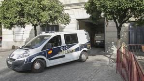 Los detenidos llegaron a primera hora de la mañana a los juzgados
