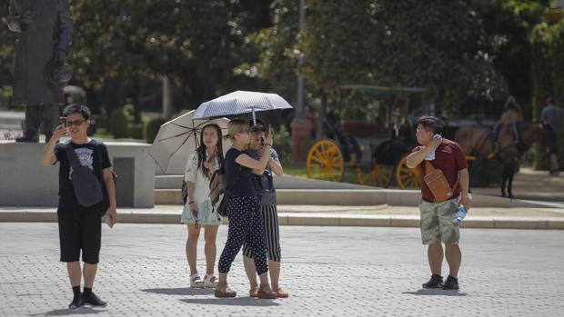 Los turistas seguirán teniendo que hacer frente a temperaturas elevadas