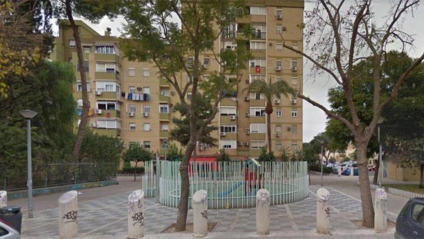 El atraco tuvo lugar en una joyería de la calle Alfareros de la barriada sevillana de Pino Montano
