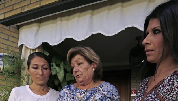 «Llevo un año sin saber por qué murió mi padre en el Virgen Macarena»