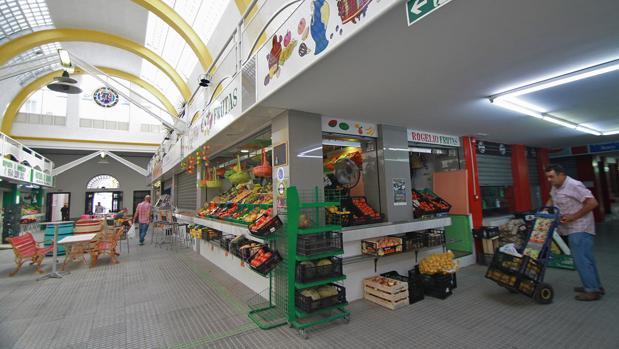 Interior de las instalaciones de la Plaza de Abastos del Arenal