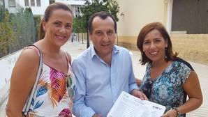 Ruiz Espejo gana la batalla de los avales para liderar el PSOE de Málaga