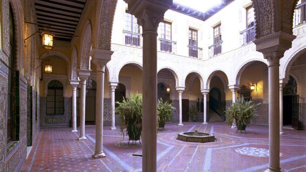 Patio del palacio de los Condes de Ybarra, construido en el siglo XVIII y reformado en el XIX