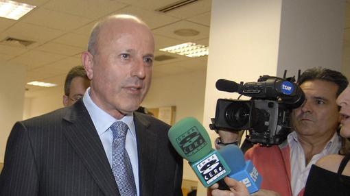 Tomás Olivo, promotor marbellí, conocido como «el rey de los centros comerciales»
