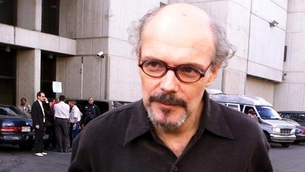 Manuel Tobaja -en una imagen del año 2000- ya pasó siete años en una prisión de Puerto Rico por apropiación indebida y hacerse pasar por sacerdote