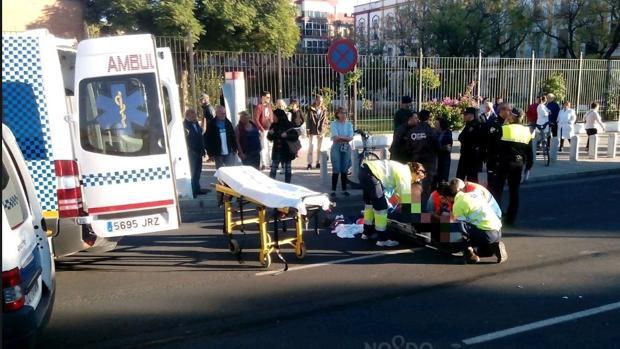 El peatón ha sido atropellado en la calle San Juan de Ribera