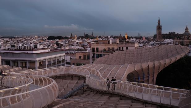 El mirador de las Setas cuesta 300.000 euros al año al Ayuntamiento