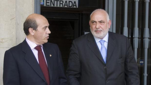 José Marín, a la derecha, junto a José María del Nido