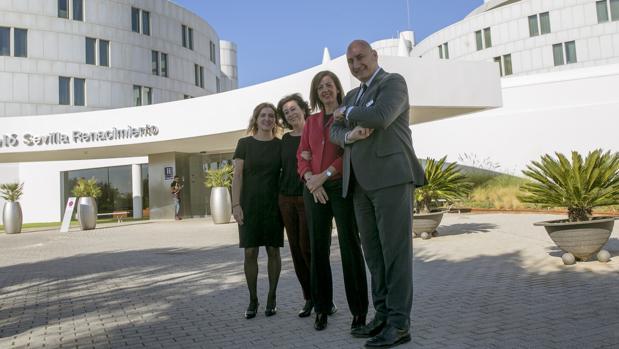 Yolanda Moreno, Elena Moros, Ana Carrascoy Marcos López Cabezas, del hotel Barceló Renacimiento