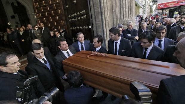 Funeral por la marquesa de la Motilla en la iglesia de la Anunciación