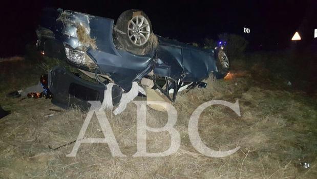 Así terminó el vehículo de los delincuentes que intentaron robar en Alcalá