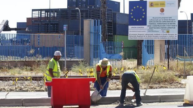 Trabajos en la carretera de la esclusa financiados con fondos europeos