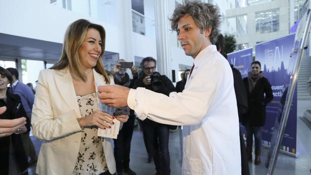 La presidenta de la Junta de Andalucía, en el pabellón de Italia