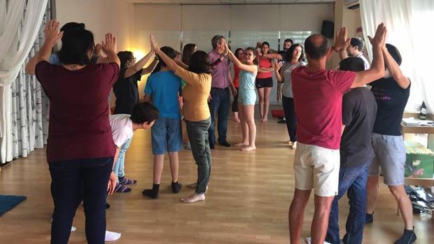 Imagen de uno de los ejercicios sobre bullying que implica la intervención de toda la comunidad educativa