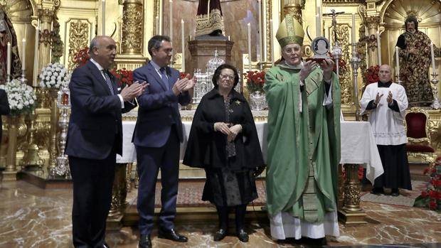 El cardenal y arzobispo emérito de Sevilla, Carlos Amigo Vallejo, recibe el galardón este sábado
