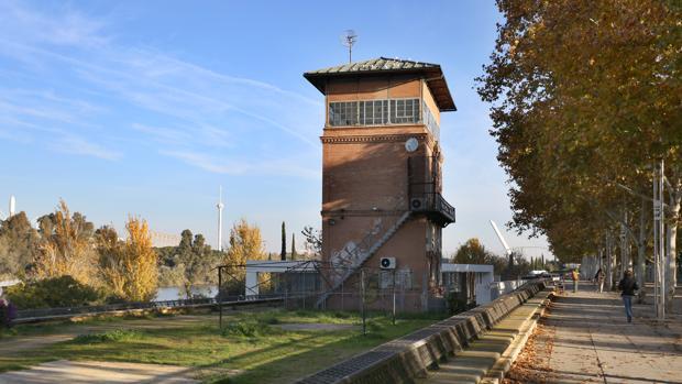 Edificio Caseta Única, antiguo Cambio de Agujas en Torneo