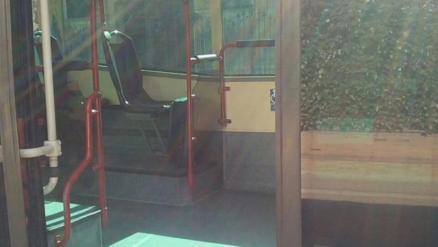 La maleta sospechosa en el autobús