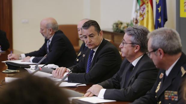 El delegado del Gobierno en Andalucía, Antonio Sanz, durante la rueda de prensa