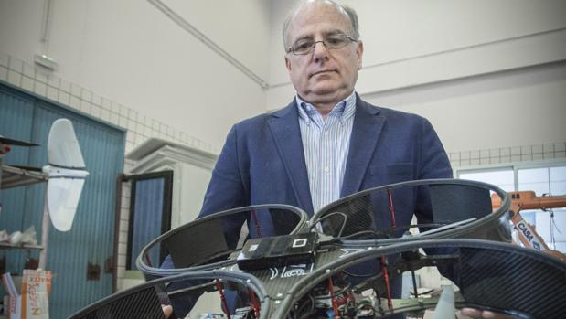 Aníbal Ollero, catedrático de Robótica de la Universidad de Sevilla, opta al premio Investigador Europeo del Año