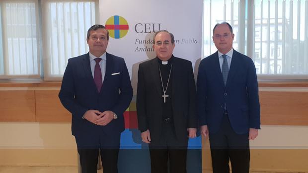 Juan Carlos Hernández Buades, Monseñor Juan José Asenjo y Enrique Belloso