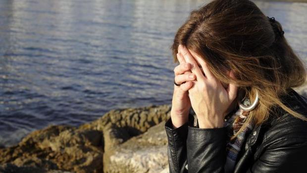 Imagen de una mujer que ha sufrido agresión sexual