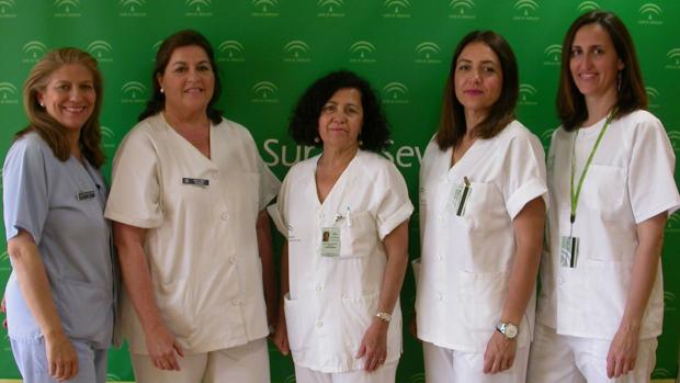 De izquierda a derecha, Carmela Pedrosa, Amelia Ramos, Margarita Reina, Rocío Martín y Rosa Luque