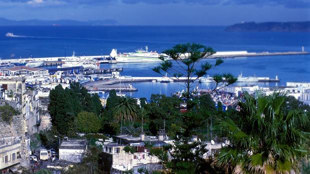 Vista panorámica del puerto de Tánger
