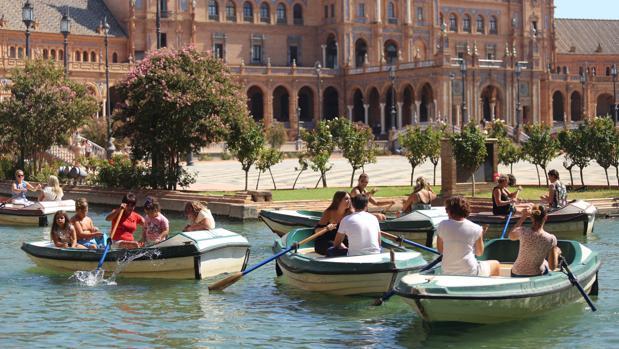 El buen tiempo permitirá hacer actividades al aire libre durante este puente en Sevilla