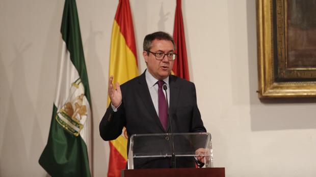 El alcalde intervendrá en las dos cumbres internacionales que se celebrarán en Sevilla