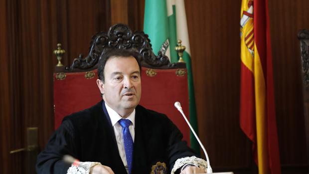El fiscal jefe de Sevilla, Luis Fernández Arévalo