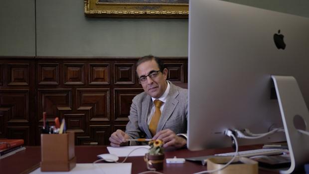 MIguel Angel Castro, rector de la US
