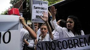 Cataluña adeuda casi 2.000 millones de euros a la sanidad concertada y a las farmacias