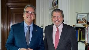 Méndez de Vigo: «Hay que plantearse el precio de los estudios universitarios»