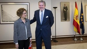 Méndez de Vigo intenta frenar con la convocatoria de la Conferencia Sectorial la «rebelión» contra las reválidas