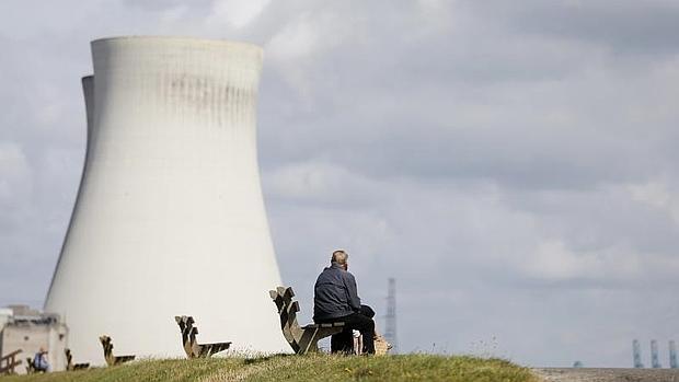 Bélgica tiene dos centrales nucleares, Doel (en la imagen) y Tihange
