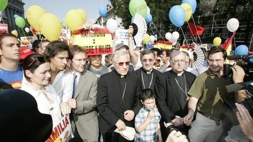 El cardenal Rouco Varela en la manifestación contra el matrimonio homosexual