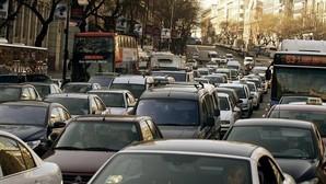 Las seis grandes ciudades españolas suman la mitad del CO2 que emite en España el transporte urbano