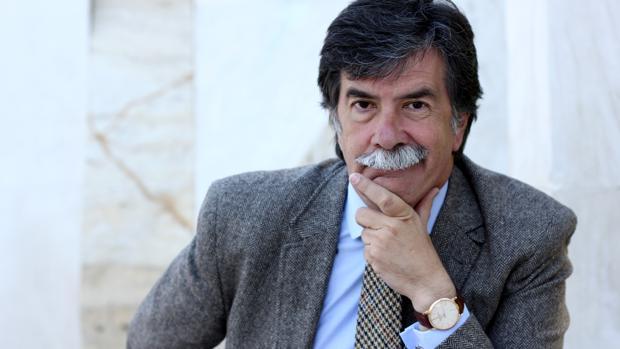 Javier Urra fue Defensor del Menor de la Comunidad de Madrid, es psicólogo multidisciplinar