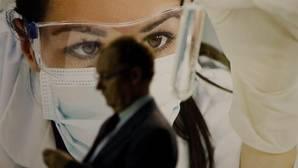 Los oncólogos advierten del peligro de los productos «milagro» contra el cáncer