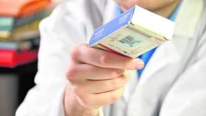 Voltaren, ibuprofeno y ebastel, entre los 14.000 medicamentos que bajarán su precio