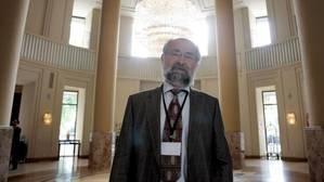 Erwin Neher: «El alzhéimer es incurable porque aún no entendemos la enfermedad»