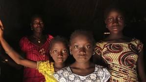 Tres millones de niñas son sometidas a mutilación genital femenina cada año