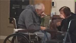 Dos ancianos casados durante 64 años están obligados a vivir separados