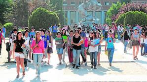 Estudiar una carrera en Cataluña cuesta el triple que hacerlo en Galicia