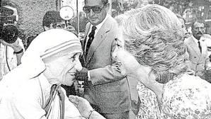 La Reina Sofía representa a España en la canonización de la Madre Teresa