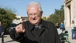 El Papa acepta la renuncia del obispo de Mallorca y le nombra obispo auxiliar de la archidiócesis de Valencia