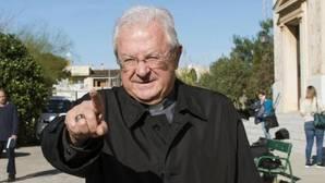 El obispo de Mallorca dice que ha renunciado «libremente» pensando que era «lo mejor» para la diócesis