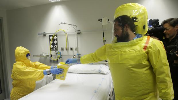 El Hospital Carlos III de Madrid presenta la Unidad de Aislamiento de Alto Nivel para atender casos infecciosos