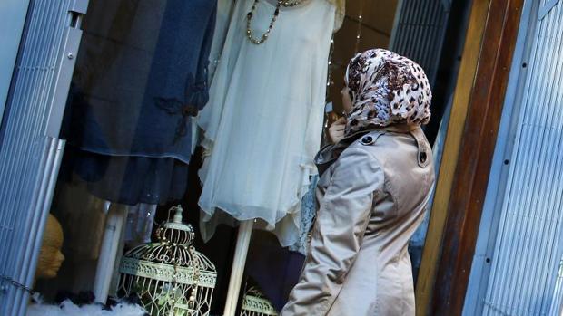 Francia distribuirá una «guía práctica» para saber actuar ante las peticiones religiosas de los empleados